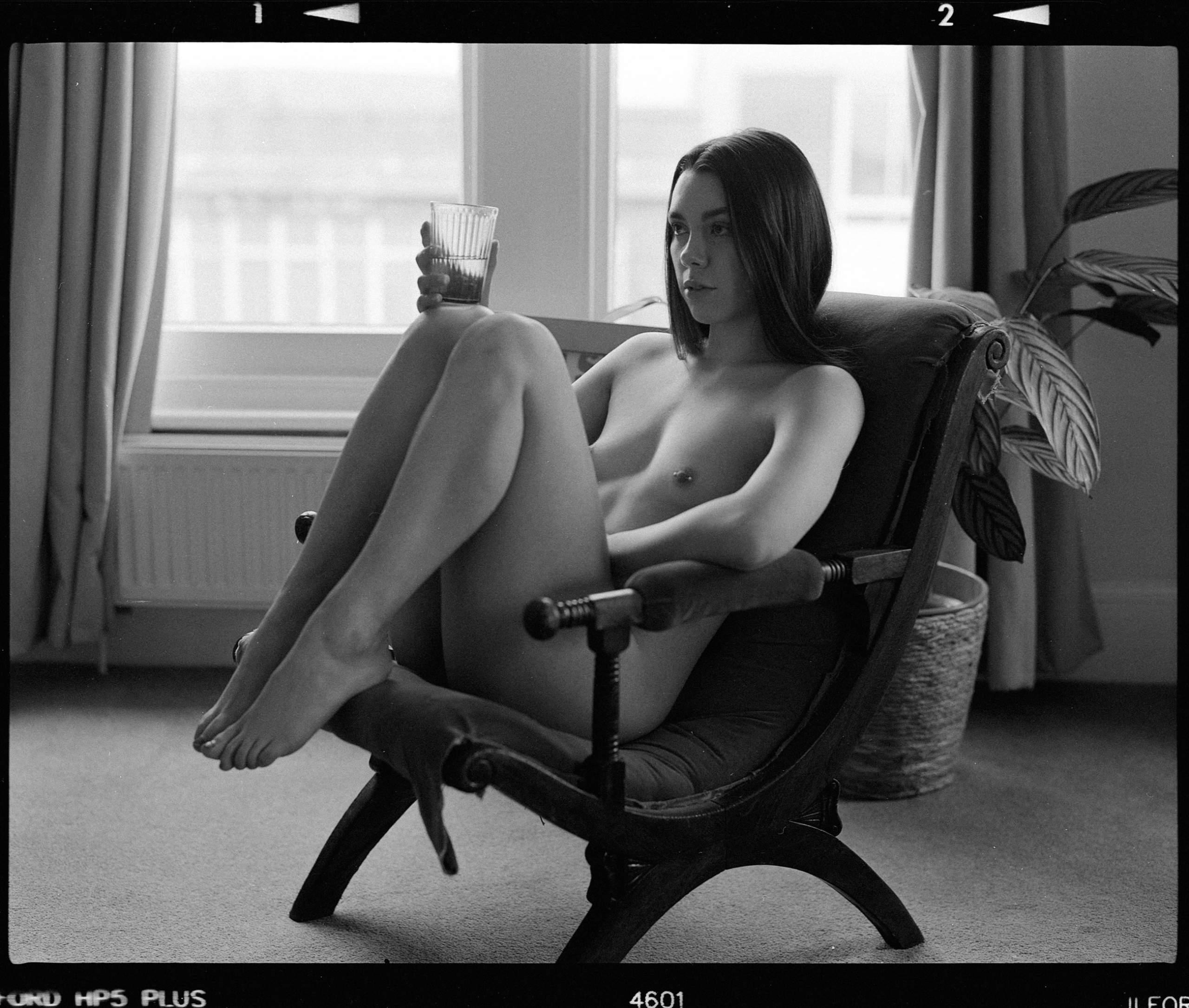 Hattie on nude art photography by Desari